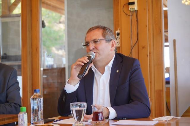 2020/06/1593265010_ayvalik_belediye_bskani_mesut_ergin_(2).jpg