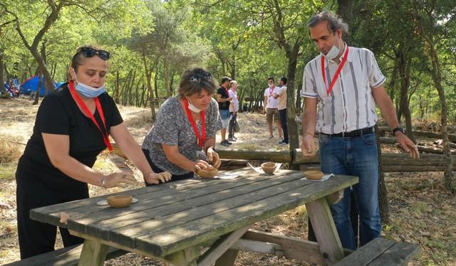 2020/08/1597038016_bursa_bueyueksehir_belediyesi_tarafindan_ilki_duezenlenen_arkeofest_2020,_Istanbul_ve_Izmir_basta_olmak_uezere_arkeoloji_meraklilarini_aktopraklik_hoeyuek_arkeopark'ta_bulusturdu_(10).jpg
