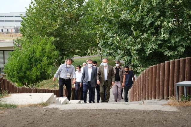 2020/08/1597038016_bursa_bueyueksehir_belediyesi_tarafindan_ilki_duezenlenen_arkeofest_2020,_Istanbul_ve_Izmir_basta_olmak_uezere_arkeoloji_meraklilarini_aktopraklik_hoeyuek_arkeopark'ta_bulusturdu_(8).jpg