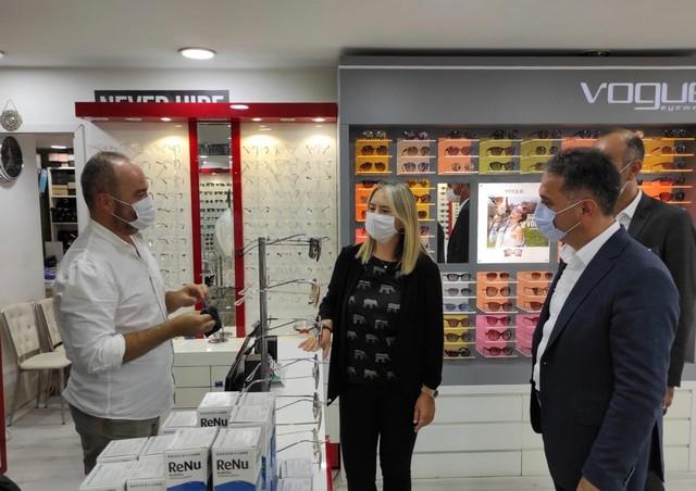 2020/08/1597393220_ak_parti_Izmir_milletvekili_ceyda_boeluenmez_Cankiri'dan_teskilatlara_ziyaret_(4).jpg