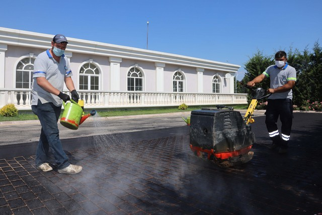 2020/08/1597570609_kent_genelInde_asfalt_CaliSmalari_sUerUeyor_(5).jpg