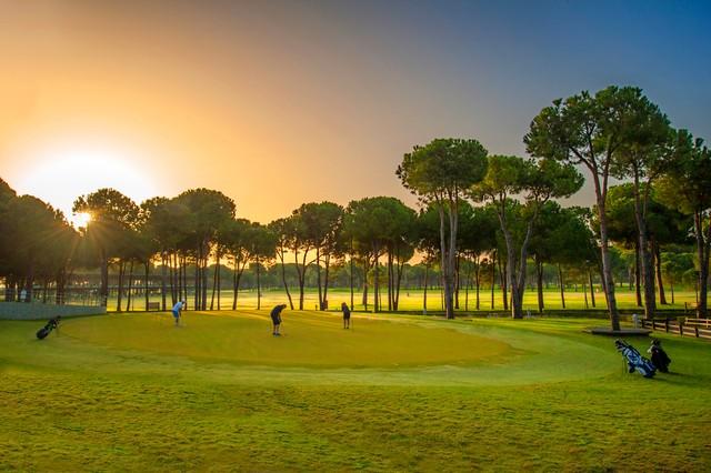 2020/09/1600790323__clubhouse1_golfclub_h_(3).jpg