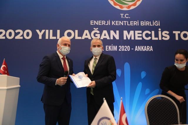 2020/10/1603361975_enerji_kentleri_birligi,_baskan_osman_zolan_baskanliginda_toplandi_(8).jpg