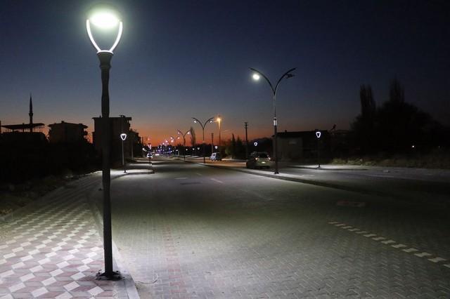 2020/11/1606387223_manisa,_bir_prestij_cadde_daha_kazandi_(2).jpg