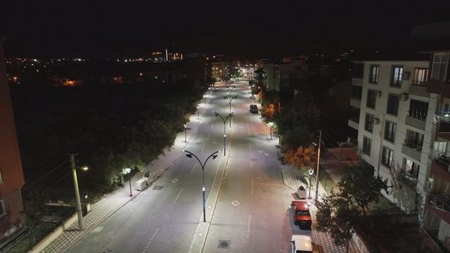 2020/11/1606387225_manisa,_bir_prestij_cadde_daha_kazandi_(13).jpg