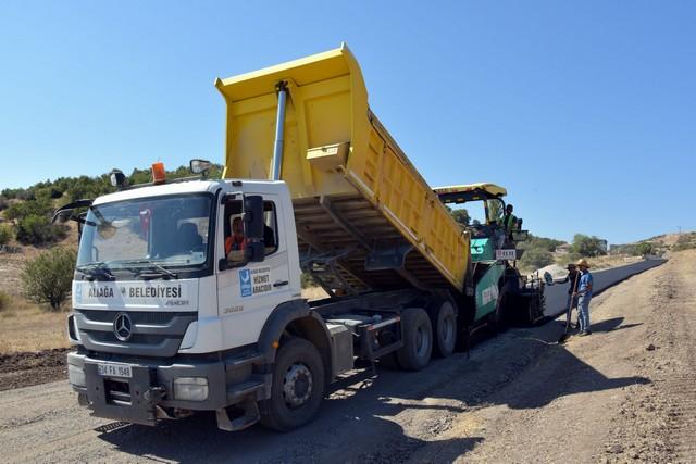 2020/12/1609439691_aliaga_belediyesi'nden_2020'de_150_bin_metrekarelik_asfalt_(4).jpg