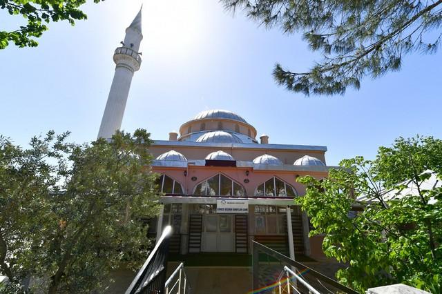 2021/05/1620402277_gocmen_konutlari_camii_yeni_bir_cehreye_kavustu_-1.jpg
