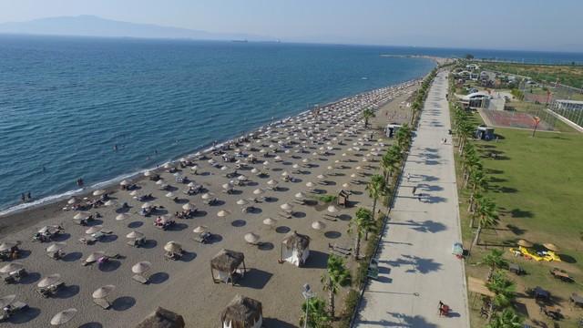 2021/07/1626613035_4_mavi_bayrakli_agapark_sezonu_acti_kartini_al_tatile_basla.jpg