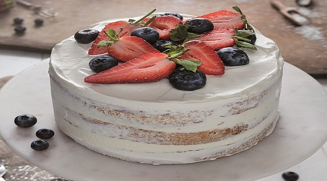 Gerçek meyve lezzeti Özsüt pastalarında!