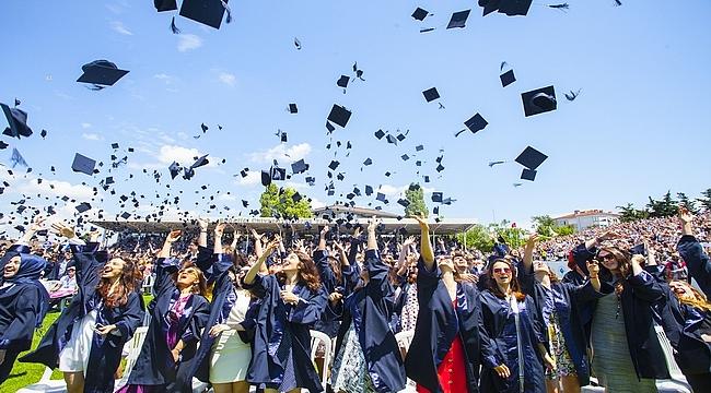 Boğaziçi Üniversitesi 151'inci kez mezunlarını uğurladı