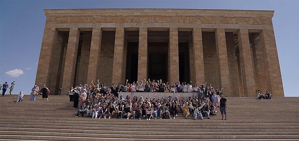 Türkçe Yaz Okulu 118 ülkeden 1000 öğrenciyi ağırladı
