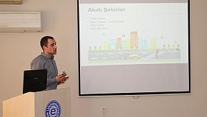 """EÜ'de """"Nesnelerin İnterneti ve Çevre İçin Sunduğu Çözümler"""" semineri"""