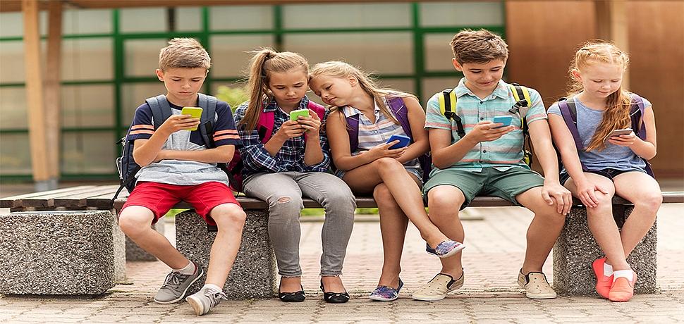 Yarıyıl tatilinde çocukları bekleyen siber tehlikeye dikkat