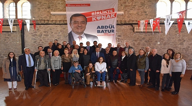 CHP'nin Konak adayı Abdül Batur: Engellilerimize Sahip Çıkacağız