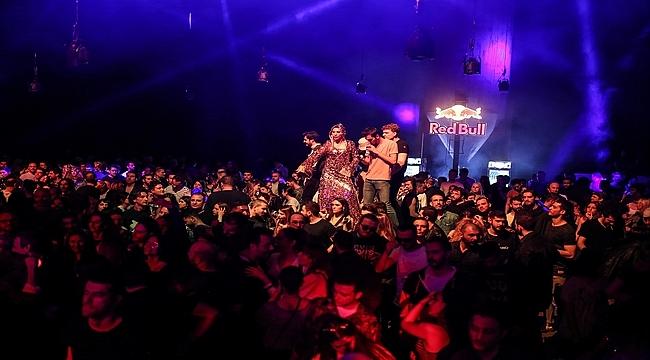 Club 2019 bir geceliğine kapılarını açtı