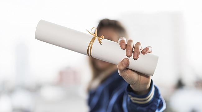 Bu yıl 246 üniversiteden 900 bin öğrencinin mezun olması bekleniyor!