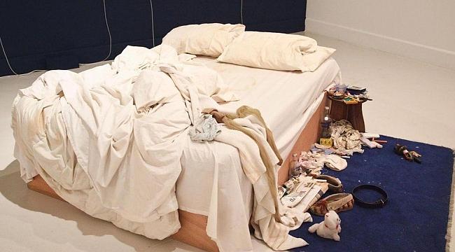 Dağınık yatak odası astımı tetikliyor!