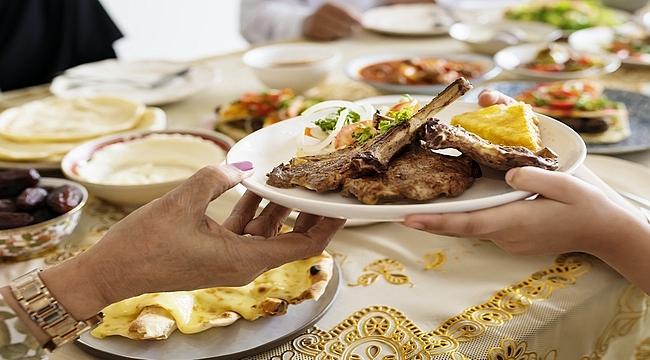 Ramazan bayramını kilo almadan geçirmenin yolları