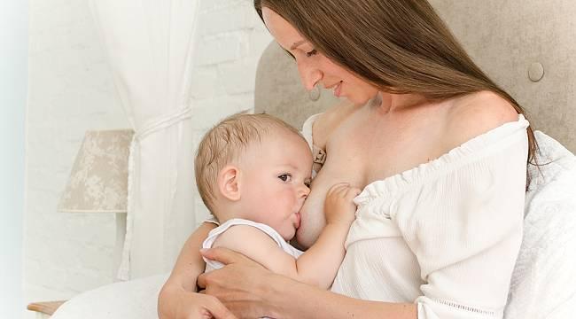 """Emzirme sırasında anne """"sevgi"""" hormonu salgılanıyor"""