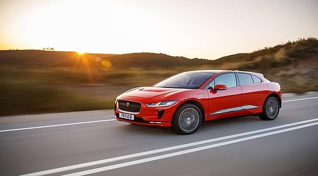 Tamamen Elektrikli Jaguar I-PACE 'Altın Direksiyon'un Sahibi Oldu