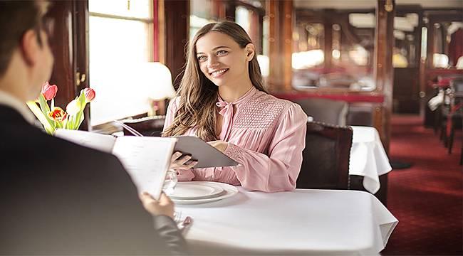 Sevgililer Günü gibi özel günlerde akşam yemeğinde nereleri tercih ediyoruz?