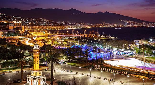 """İzmir'den """"akıllı şehir"""" olma hedefine bir adım daha"""