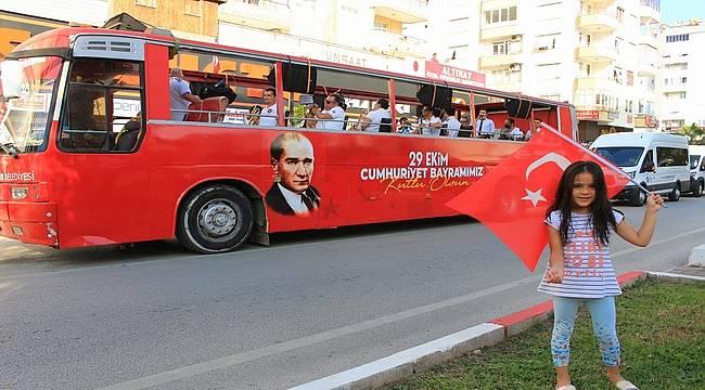 Antalya Büyükşehir'in mobil konserleri devam ediyor
