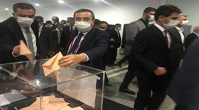 Başkan Batur, Türkiye Belediyeler Birliğinde İzmir'i temsil edecek