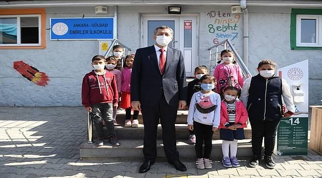 Milli Eğitim Bakanı Ziya Selçuk: 'Köy okullarımızda yeni bir sayfa açıyoruz'