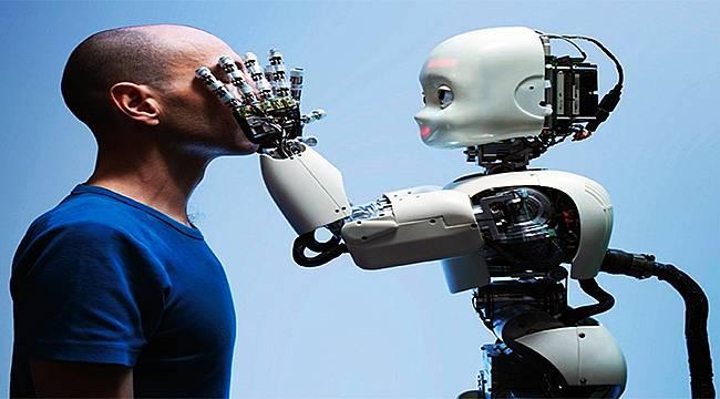 """Prof. Dr. Nazife Güngör: """"Önlem alınmazsa insan teknolojinin nesnesi olur"""""""