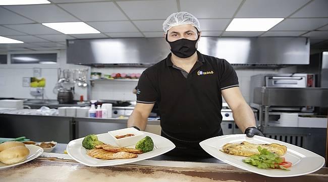 Antalya Büyükşehir'den çölyak hastalarına özel menü