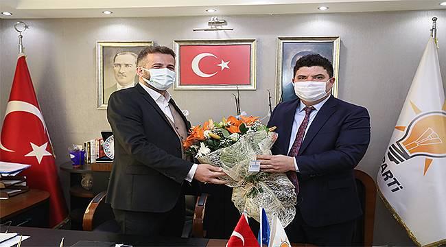 CHP'li Kılıç'tan AK Partili Kalfaoğlu'na 'Hayırlı Olsun' Ziyareti