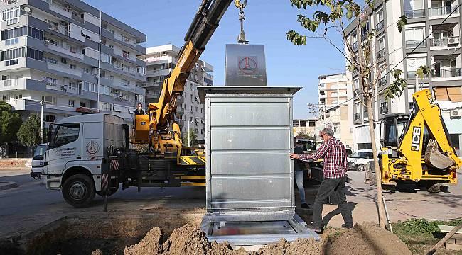 Karşıyaka'da çöp konteynerleri yer altına iniyor