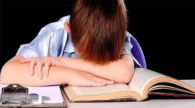 """""""Okumada güçlük"""" disleksi işareti olabilir"""