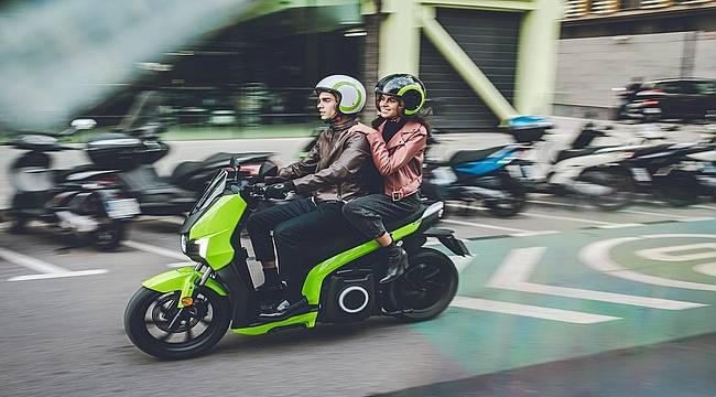 Geri vites özelliğine sahip elektrikli Scooter markası Silence Türkiye'de satışa çıktı