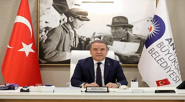 Antalya Büyükşehir'den 8 Mart'ta kadın personele izin