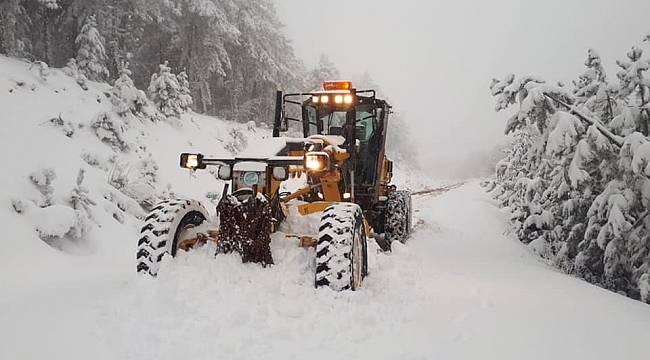 Büyükşehir'den Kırsalda Karla Yoğun Mücadele