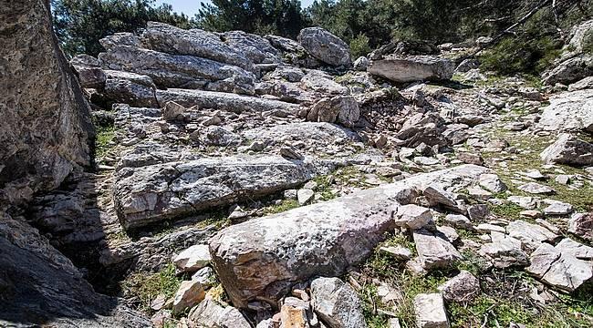 İzmir'de antik taş ocağı bulundu