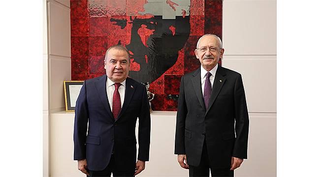 Başkan Muhittin Böcek, CHP Genel Başkanı Kılıçdaroğlu'nu ziyaret etti