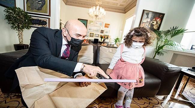 Öykü Arin'den Başkan Soyer'e teşekkür ziyareti