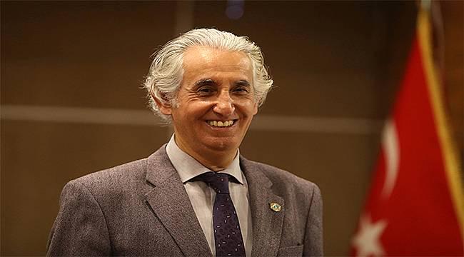 """Prof. Dr. Haydar Sur: """"Pandemiyle mücadelede tek silah aşılamadır"""""""