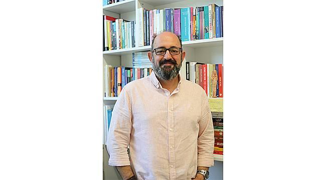 """Prof. Dr. Sinan Canan: """"Şehir insanının en büyük sorunu biyolojik işsizlik"""""""