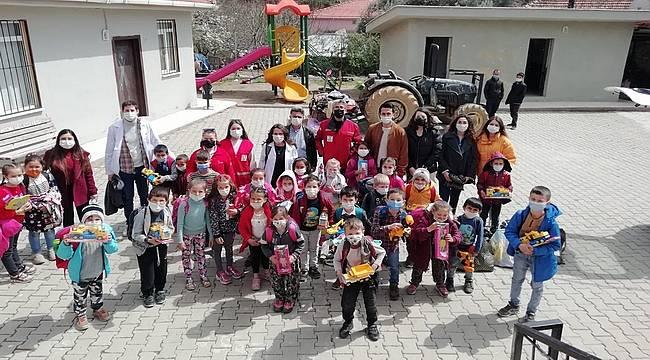 """""""Sağlıklı Köy Okulları"""" Projesi Bayındır'da"""