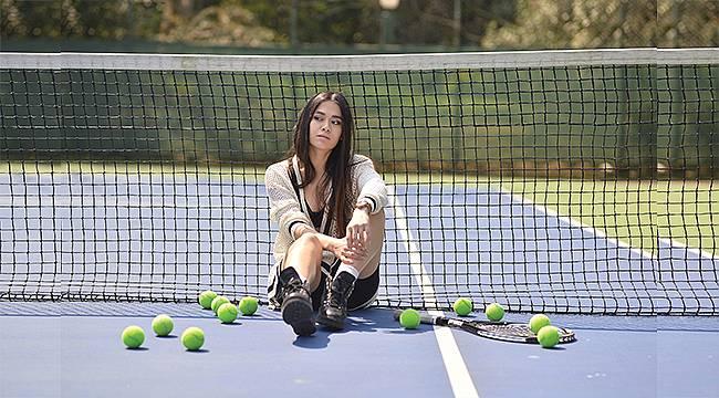 Tenis Kortundan Setlere