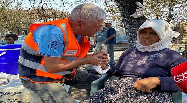 Antalya Büyükşehir Belediyesi yanğın bölgesinde yaraları sarıyor