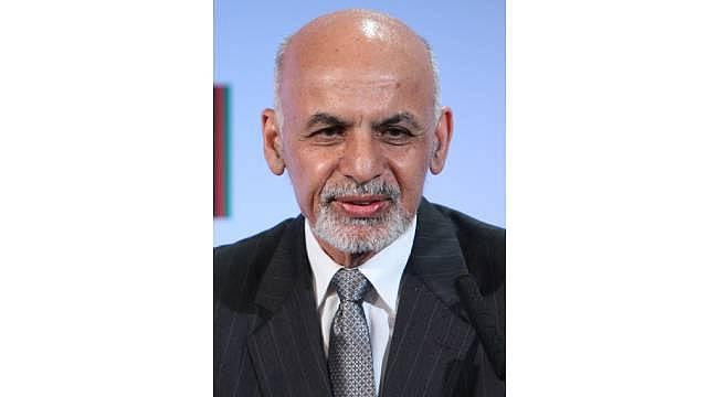 Afganistan'dan ayrılan eski devlet başkanı Eşref Gani'yi taklit ederek dolandırıyorlar