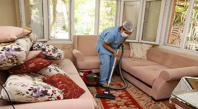 Evde Sağlık Destek Merkezi'nden vatandaşlara temizlik hizmeti