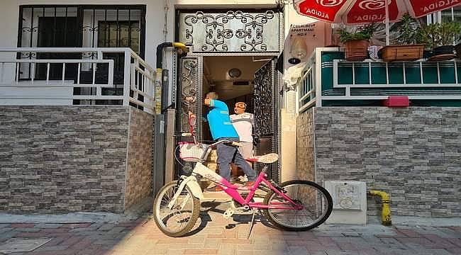 """Karşıyaka Belediyesinden 'dönüşüm' projesi: """"Eski Bisikletini İyiliğe Dönüştür"""""""