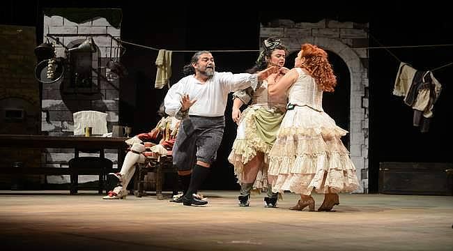 Uluslararası Bursa Festivali'nde tiyatro keyfi: Shakespeare'in Tarla Kuşuydu Juliet