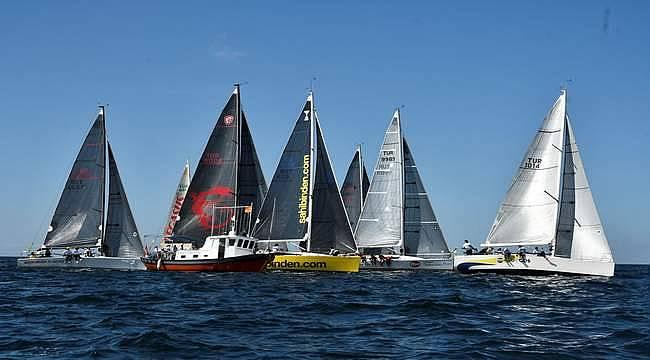 6. Deniz Kızı Kadın Yelken Kupası'nın şampiyonu Eker Takımı oldu